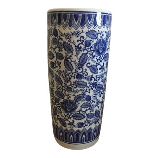 Asian Blue and White Porcelain Umbrella Stand For Sale