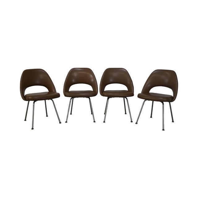 Knoll Vintage Saarinen Executive Chais - Set of 4 - Image 1 of 10