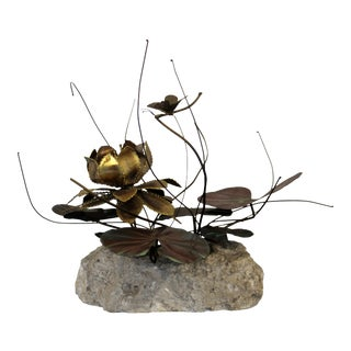 Mid Century Modern Brutalist Brass on Stone Table Sculpture Water Lily Jere Era For Sale