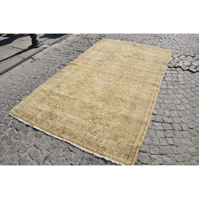 Islamic Distressed Turkish Rug - 3′9″ × 9′2″ For Sale - Image 3 of 6