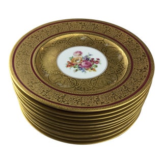 1950s Vintage Royal China 22K Gold Dining Set - 12 Pieces For Sale