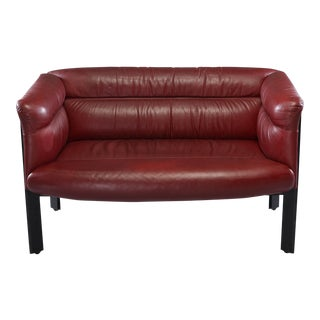1970s Poltrona Frau Mid-Century Modern Burgundy Leather Settee For Sale