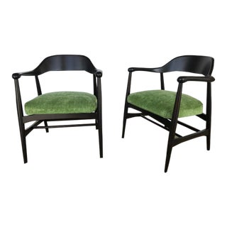 Vintage Mid-Century Modern Gunlocke Sculptural Arm Chairs- A Pair For Sale