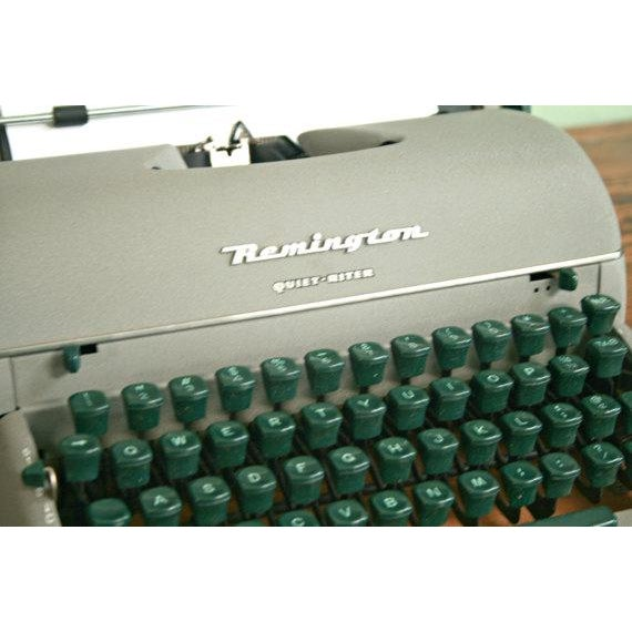 Vintage Remington Quiet Riter Typewriter - Image 5 of 5