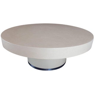 Round Lacquered Beige to White Cloth Raffia Coffee Table For Sale