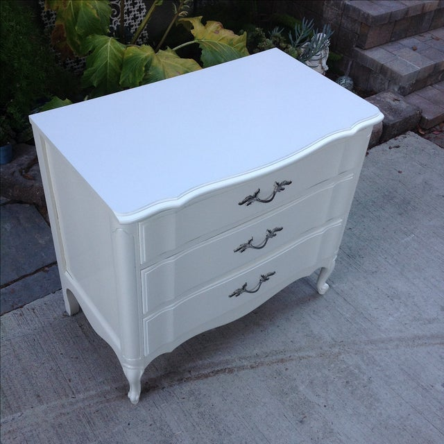 Vintage French Provincial 3 Drawer Dresser - Image 3 of 5