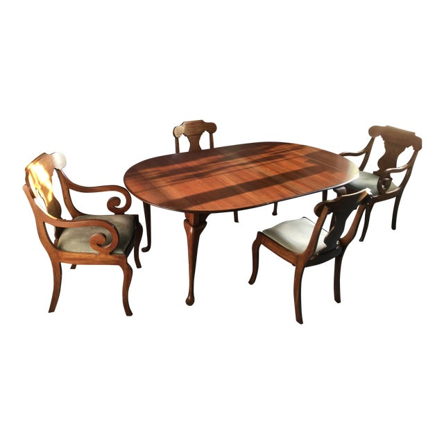Pennsylvania House Dining Room Table With 4 Chairs - Image 1 of 8