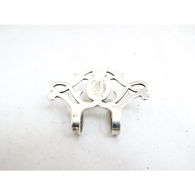 Metal 1940's Lunt Sterling Napkin Clip With Monogram For Sale - Image 7 of 7
