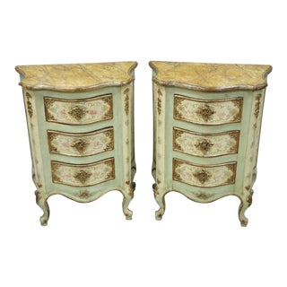 Italian Venetian Petite 3 Drawer Painted Bombe Commode Nightstands Tables - a Pair For Sale