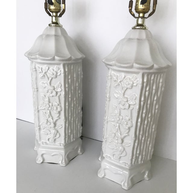 Asian Vintage Chinoiserie Ceramic Pagoda Lamps - A Pair For Sale - Image 3 of 10