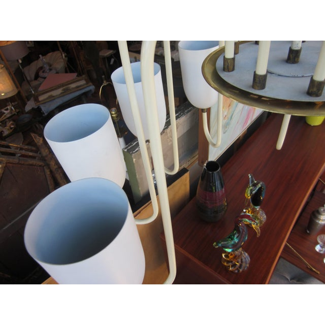 1950s Mid-Century Modern Matte White 9-Arm Curvilinear Chandelier For Sale In Chicago - Image 6 of 12