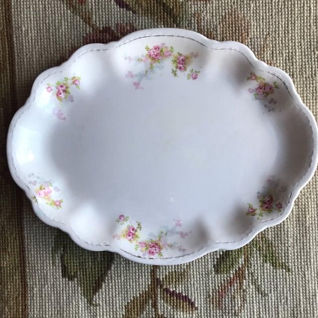 Ceramic Vintage Floral Platters - Laughlin & Bassett in Cottage Rose Themes, Set of 3 For Sale - Image 7 of 11