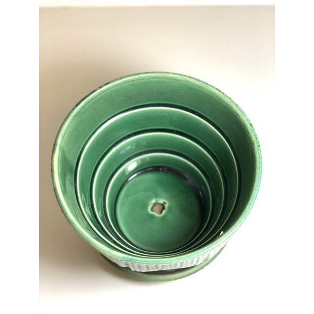 """American McCoy Pottery 1940s – 1960s Large"""" Green"""" Mid-Century Flowerpot and Saucer For Sale - Image 3 of 10"""