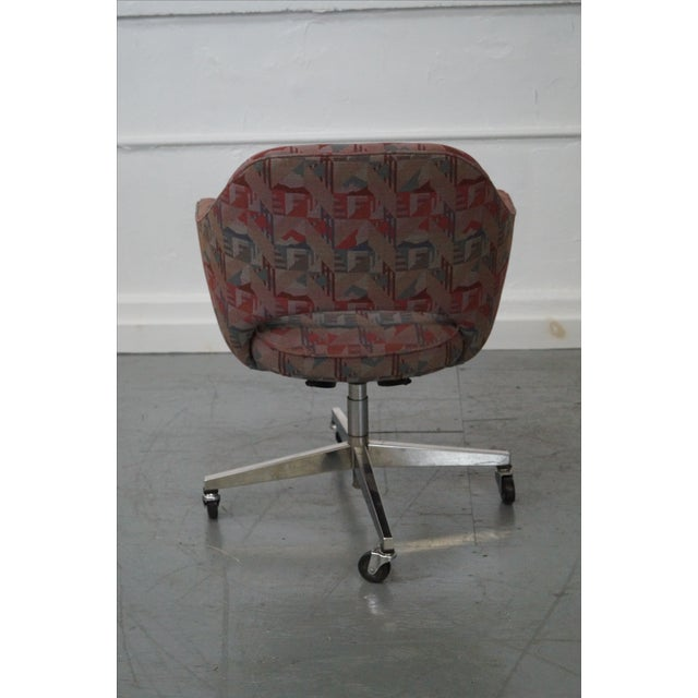 Vintage Mid-Century Saarinen Office Chair - Image 4 of 10
