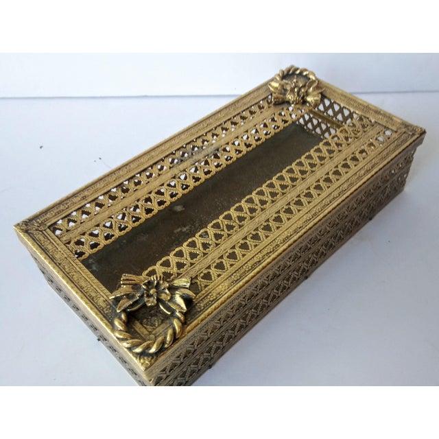 Hollywood Regency Regency Glam Ormolu Gold Filigree Tissue Box For Sale - Image 3 of 5