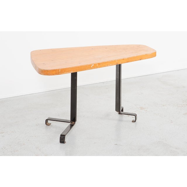 "Brown Les Arcs ""Forme Libre"" Table by Charlotte Perriand For Sale - Image 8 of 8"