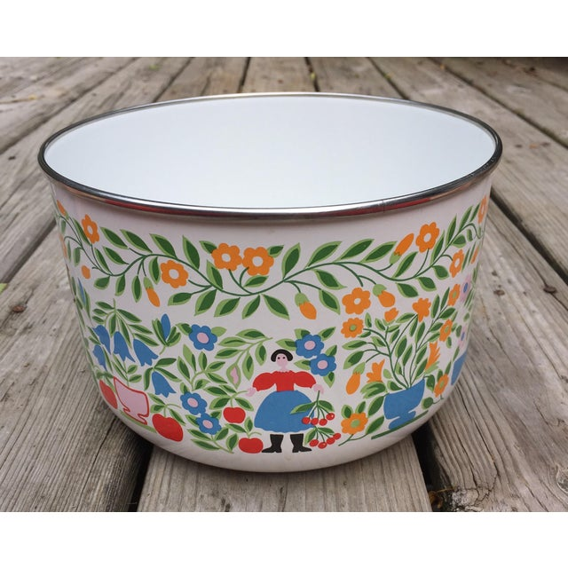 Colorfully Decorated Enamelware Bowl - Image 3 of 7