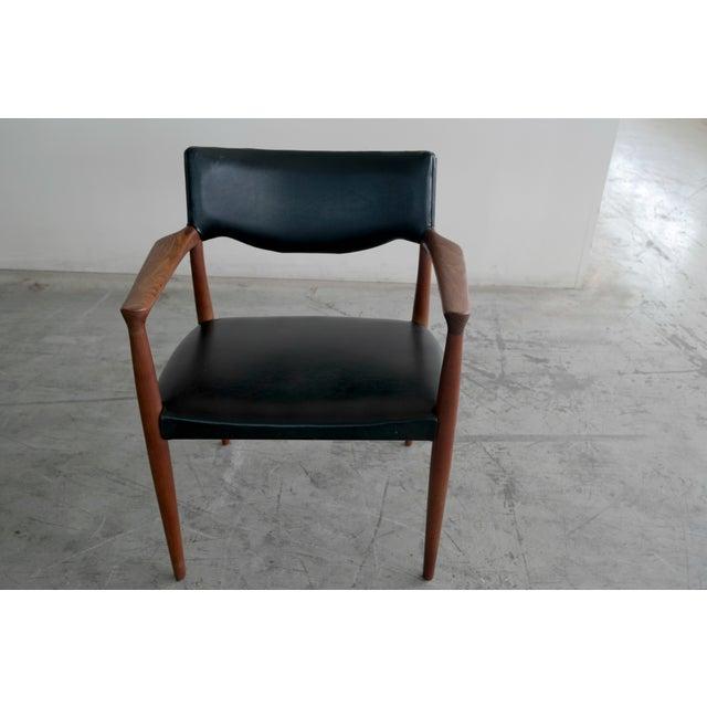Bender Madsen Mid-Century Teak Chairs - A Pair - Image 6 of 8