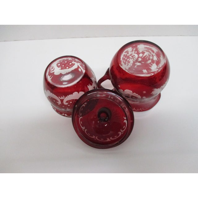 Late 20th Century Vintage Set of Sugar and Creamer in Cranberry Glass With Lid For Sale - Image 5 of 6