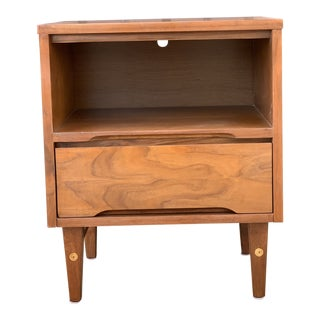 Single Mid Century Nightstand by Stanley For Sale