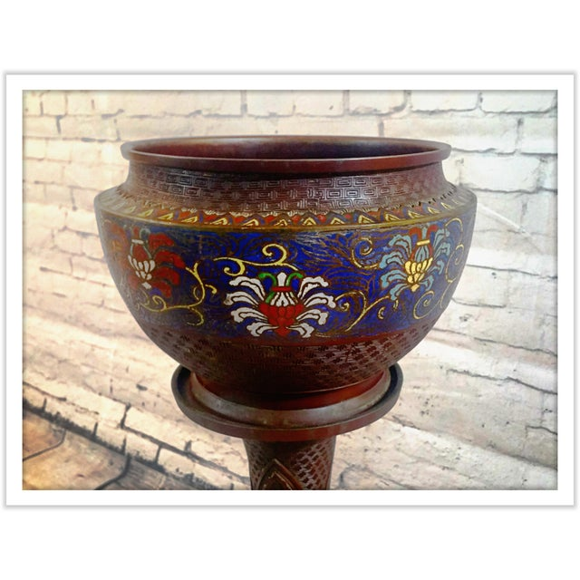 Asian Japanese 19th Century Champleve Jardiniere & Stand For Sale - Image 3 of 10