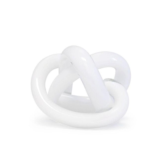 Contemporary SkLO Wrap Object Glass Knot - White For Sale - Image 3 of 4
