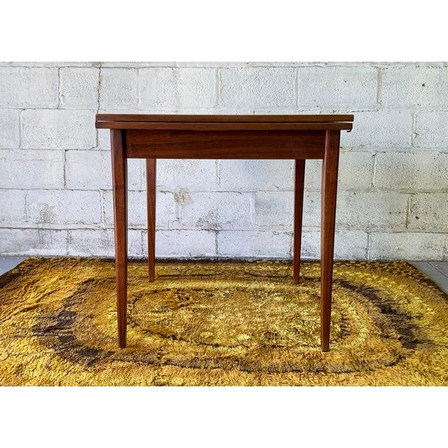 Mid Century Modern Walnut Flip Top Expandable Dining Table Chairish