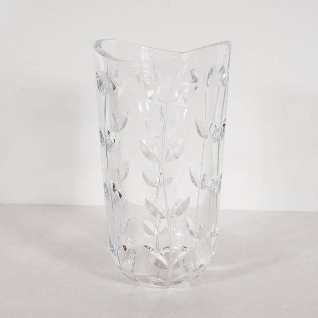 Contemporary Large Modernist Crystal Vase With Incised Foliate Patterns by Tiffany & Co. For Sale - Image 3 of 11