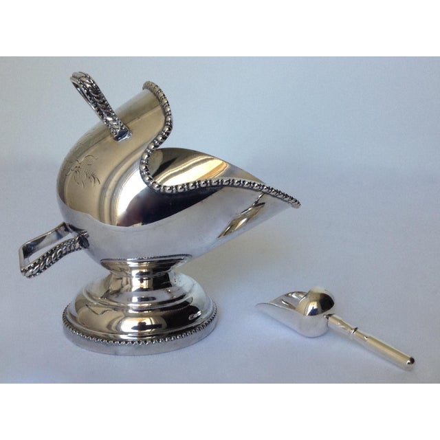 English Silver Plate Salt Cellar with Scoop For Sale - Image 4 of 11