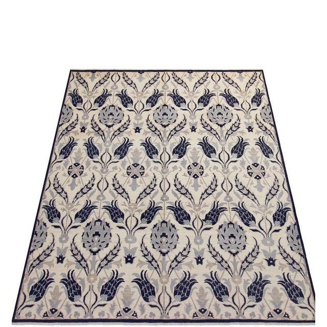 Inspired by the legendary Willaim Morris design, this luscious rug, made with highest quality wool by talented craftsmen...