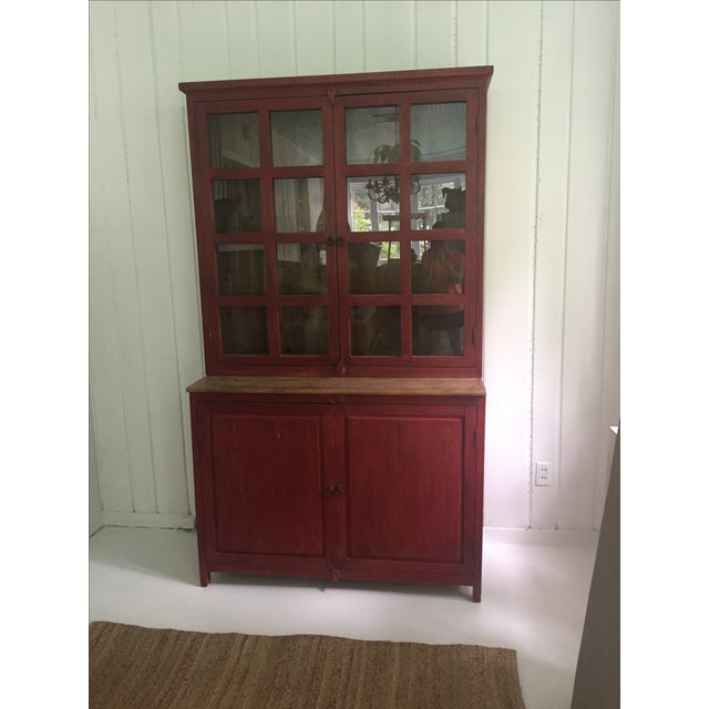 Offered is a great pine display hutch. This farmhouse style cabinet features two glass and wood doors at the top for...