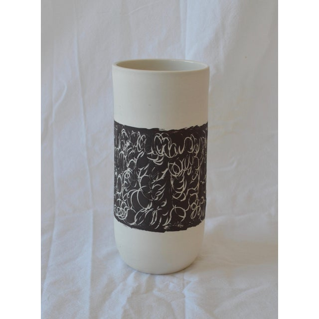 Abstract Contemporary Ceramic Scribble Stripe Cylindrical Vase For Sale - Image 3 of 5
