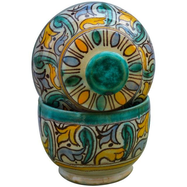 Antique Moorish Ceramic Box For Sale In New York - Image 6 of 11