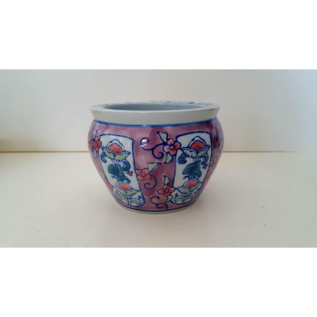 Ceramic Vintage Chinoiserie Floral Porcelain Cachepot For Sale - Image 7 of 7