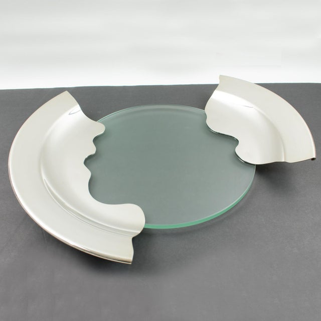 1980s Futurist Silver Plate Glass Platter Bowl Centerpiece For Sale In Atlanta - Image 6 of 11