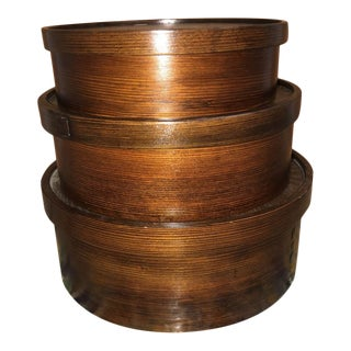 Wooden Stacking Layer Compartment Storage Round Nesting Boxes - Set of 3 For Sale