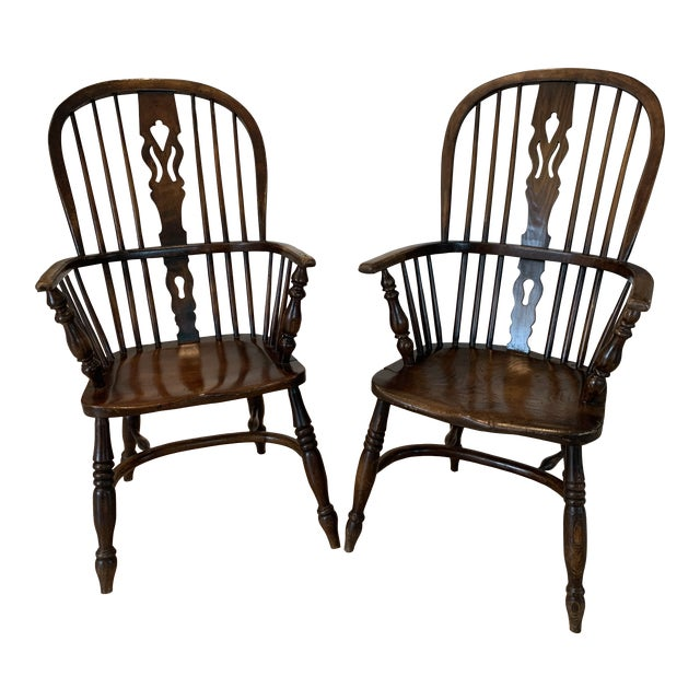 Late 19th Century Windsor Chairs - A Pair For Sale