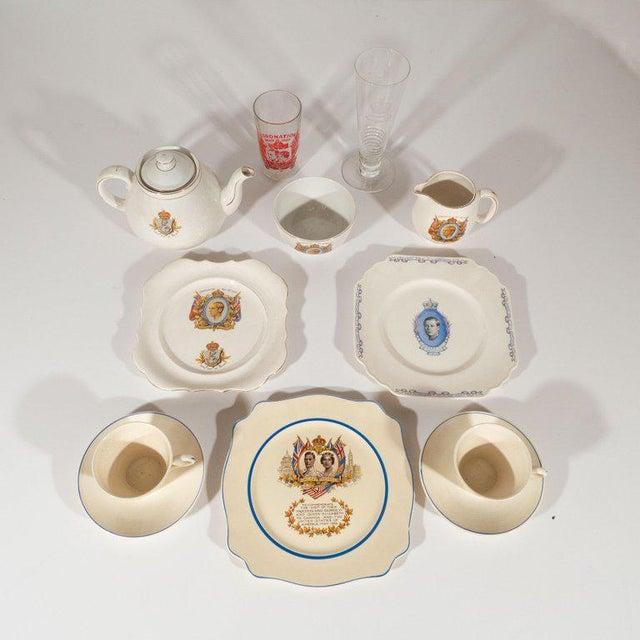 English Art Deco Royal Commemorative Porcelain Coronation Set For Sale In New York - Image 6 of 13