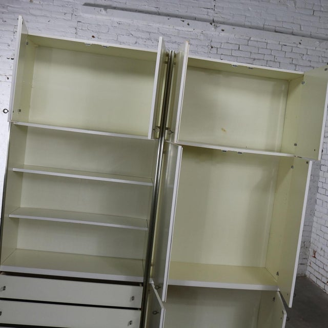 Mid Century Modern White Laminate Wall Unit Bookcase Display Cabinets, a Pair - Image 7 of 11