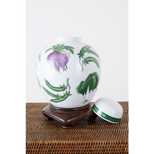White Chinese Export Porcelain Lidded Ginger Jar on Stand For Sale - Image 8 of 13