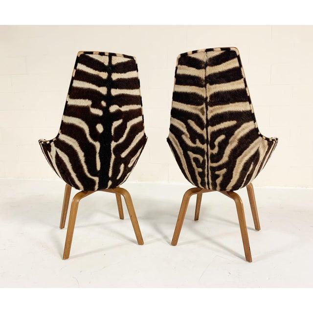 1950s Rare Arne Jacobsen for Fritz Hansen Giraffe Chairs Restored in Zebra Hide - Pair For Sale - Image 5 of 11