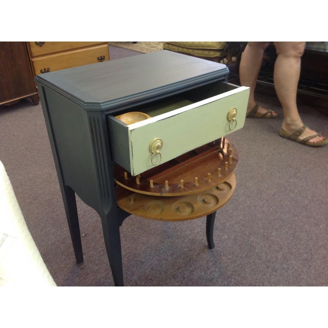 Two Toned Side Table - Image 7 of 8