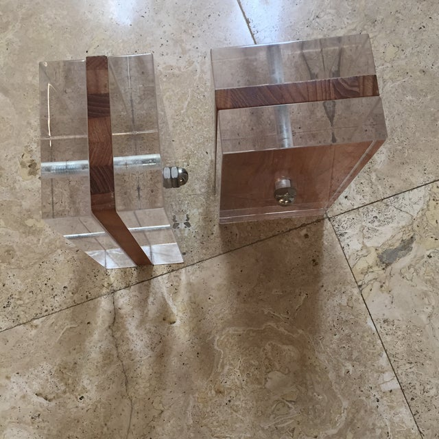 Mid-Century Modern 1970s Herb Ritts for Astrolite Lucite & Wood Bookends- a Pair For Sale - Image 3 of 11