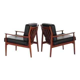 1960s Danish Modern Svend Åge Eriksen for Glostrup Møbelfabrik Teak Lounge Chairs - a Pair For Sale