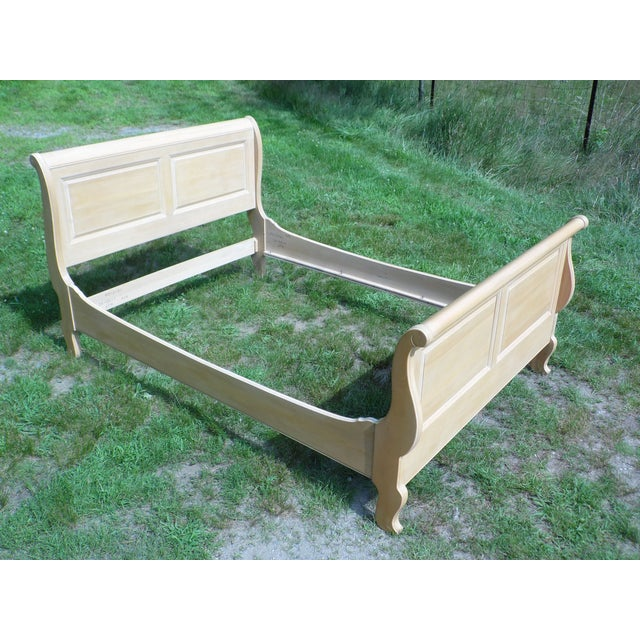 Vintage Ethan Allen Country French Bisque Birch Full Double Sleigh Bed - Image 9 of 11
