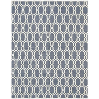 Zara Trellis Dove Gray Flat-Weave Rug 5'x8' For Sale