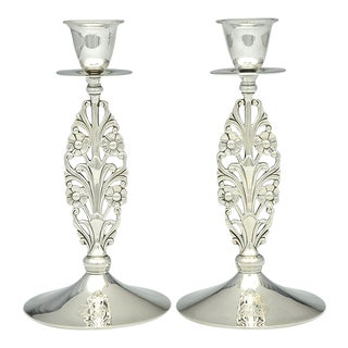 """Tiffany 23152 Pierced Sterling Pair 9"""" Candlesticks With Monogram For Sale"""