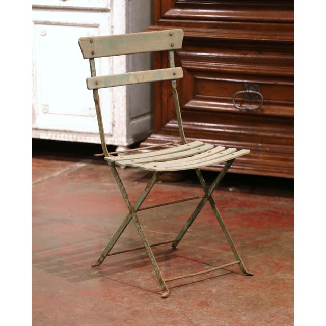 Early 20th Century Set of Four 1920s French Iron and Wood Painted Folding Garden Chairs For Sale - Image 5 of 13