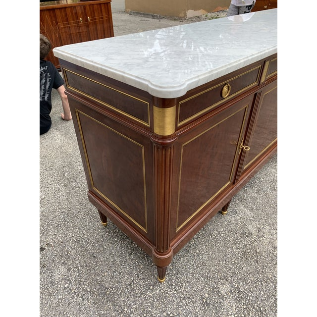 1910s French Louis XVI Antique Mahogany Sideboard For Sale - Image 12 of 13