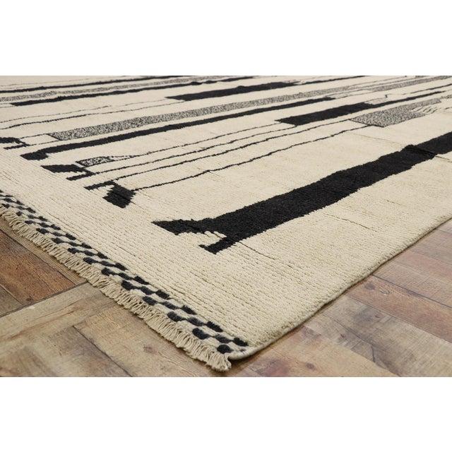 Contemporary Moroccan Rug Inspired by Alberto Giacometti - 10'00 X 13'08 For Sale In Dallas - Image 6 of 10
